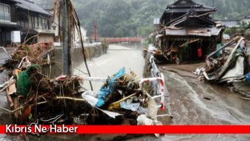 Japonya'yı Haişen Tayfunu Vurdu