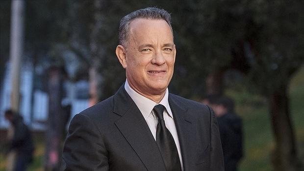 Tom Hanks, Elvis Presley filmi için saçlarını kazıttı