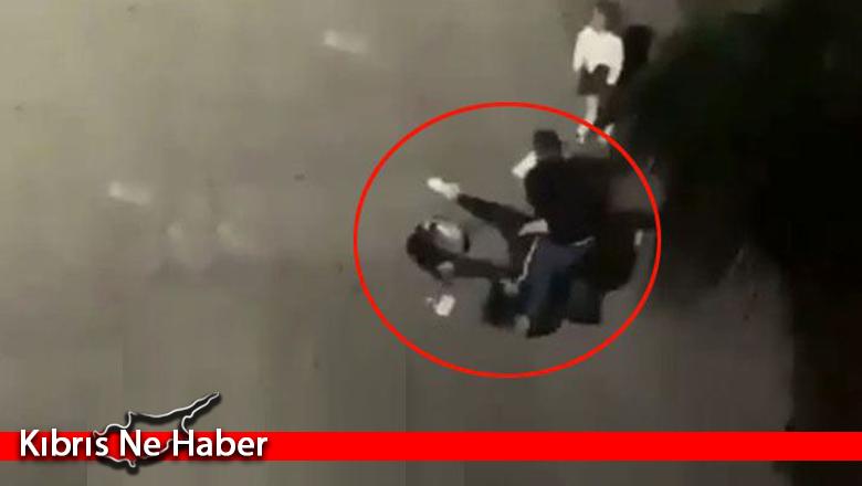 Küçük kızın çığlıklarına rağmen eski eşini sokak ortasında öldüresiye dövdü