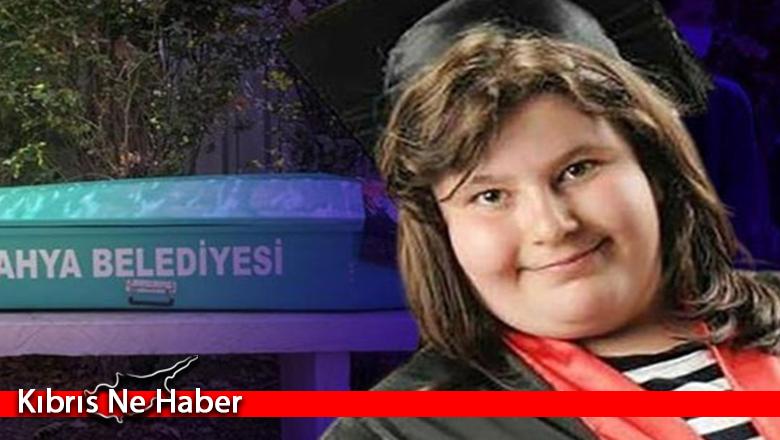 Lise öğrencisi genç kız Covid-19'dan hayatını kaybetti